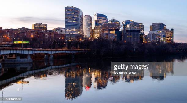 theodore roosevelt bridge, arlington, virginia, america - arlington virginia stock pictures, royalty-free photos & images