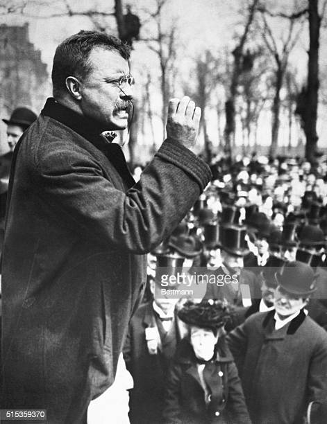 Theodore Roosevelt speaking to an audience during the campaign of 1900