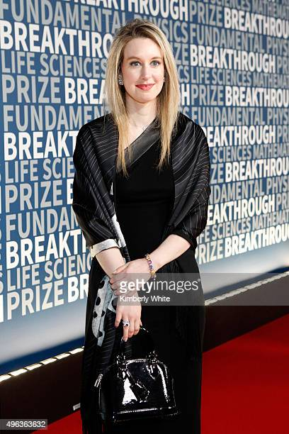 Theranos Elizabeth Holmes attends the 2016 Breakthrough Prize Ceremony on November 8 2015 in Mountain View California