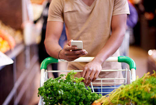 There are many list-managing apps for your next shopping trip - gettyimageskorea
