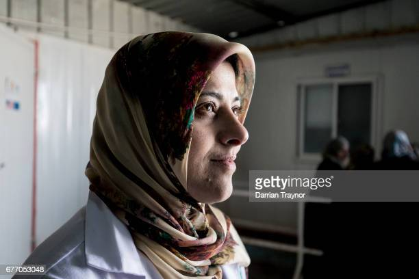 There are now 80 000 people living in Zaatari and right in the heart of the camp there is a women's clinic run overwhelmingly by women for women In...
