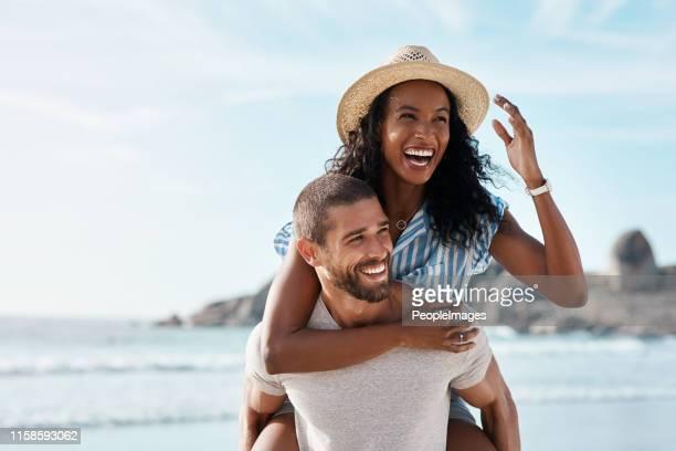 há sempre amor no ar - sobre os ombros - fotografias e filmes do acervo