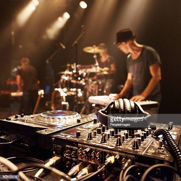 there's gonna be magic on this stage - dj stock pictures, royalty-free photos & images