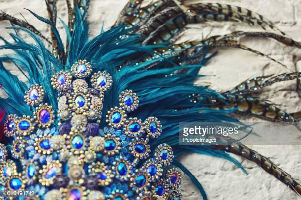 there's no such thing as too much sparkle - ornamento del capo foto e immagini stock