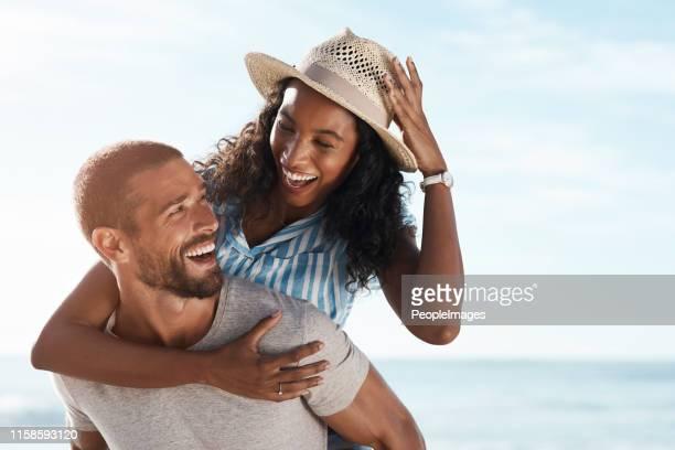 só há felicidade na minha vida se estou com você. - casal - fotografias e filmes do acervo
