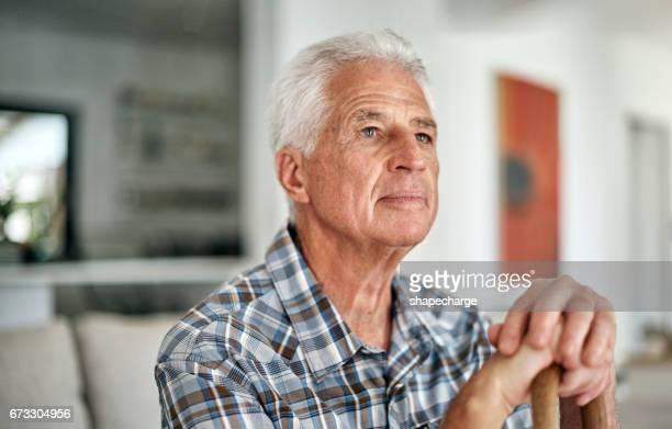 há tanto para agradecer - só um homem idoso - fotografias e filmes do acervo