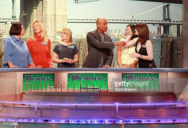 Theresa Feeney actress Sandra Lee April Baker actor Montel Williams Dolly DeSantis and actress Kristan Cunningham guess at a puzzle during a taping...