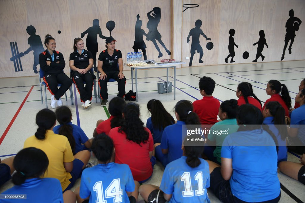 Theresa Fitzpatrick,Michaela Blyde and Ruby Tui of the Black Ferns leads school children in some basic rugby skills and fitness training during the the New Zealand Black Ferns Sevens World Cup Trophy Visit to Redoubt North School on August 3, 2018 in Auckland, New Zealand.
