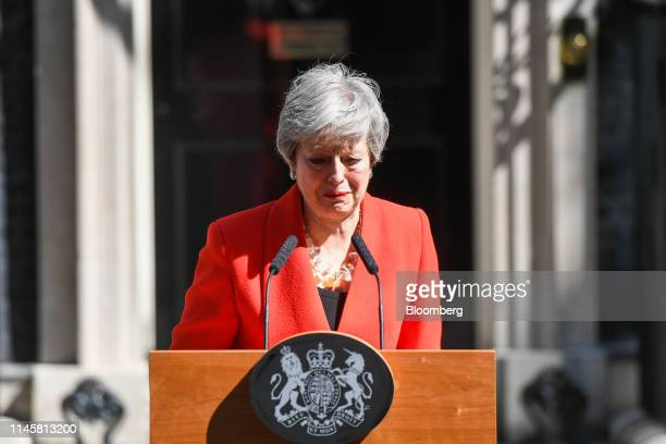 Theresa May, U.K. Prime minister, delivers a speech announcing her resignation outside number 10 Downing Street in London, U.K., on Friday, May 24,...