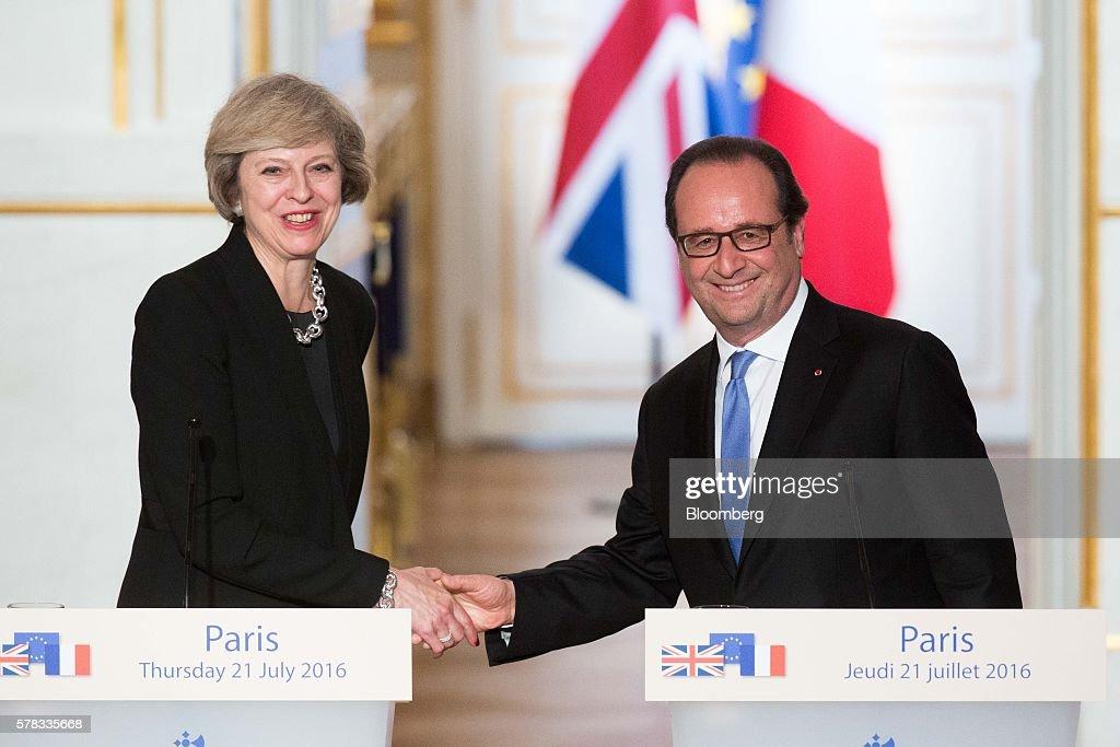 UK Prime Minister Theresa May Meets France's President Francois Hollande : News Photo