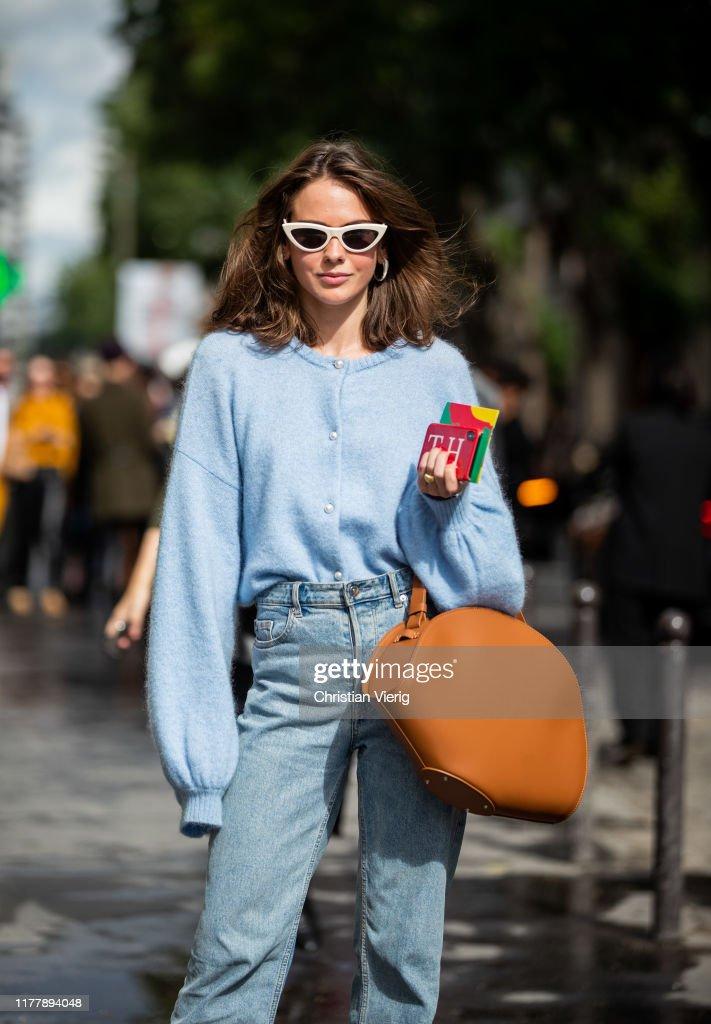 Street Style : Paris Fashion Week - Womenswear Spring Summer 2020 : Day Five : Photo d'actualité