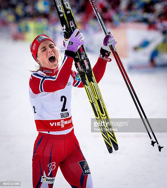 Therese Johaug of Norway celebrates winning the gold medal at the Ladies Skiathlon 7.5 Classic + 7,5 km Free during the World Championship Cross...