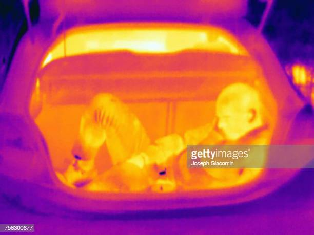 Thermal image illustrating people smuggling