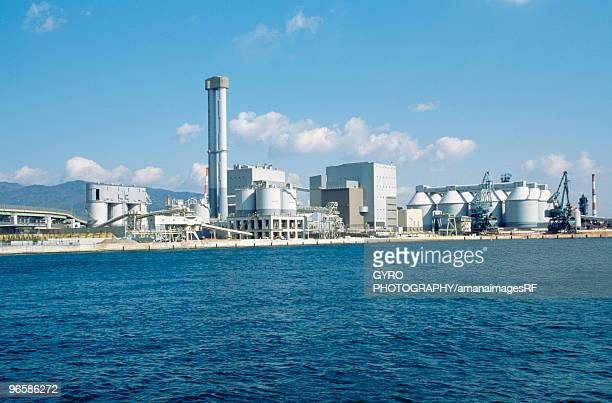 thermal power station, hyogo prefecture, honshu, japan - energia geotermica fotografías e imágenes de stock