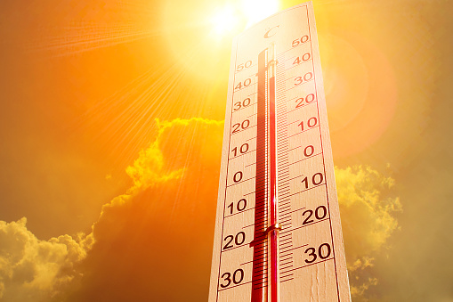 Thermometer in the sky, the heat 1011128754