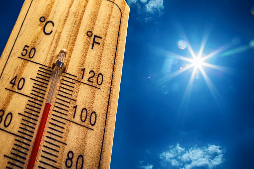 Thermometer Sun 40 Degres. Hot summer day. High Summer temperatures 540761642