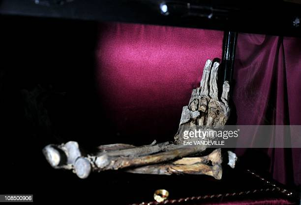 These arms belonged to one 'envious man' who tried to extract and break the sword His arms were then torn off by a wolf Analysis with Carbon 14 dated...