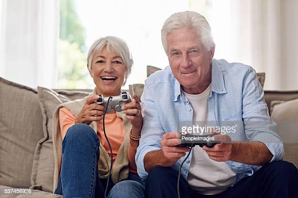 これらの楽しいゲームに興じ
