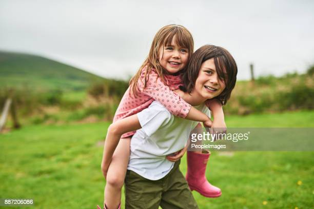 they have the most fun when they play together - sister stock pictures, royalty-free photos & images