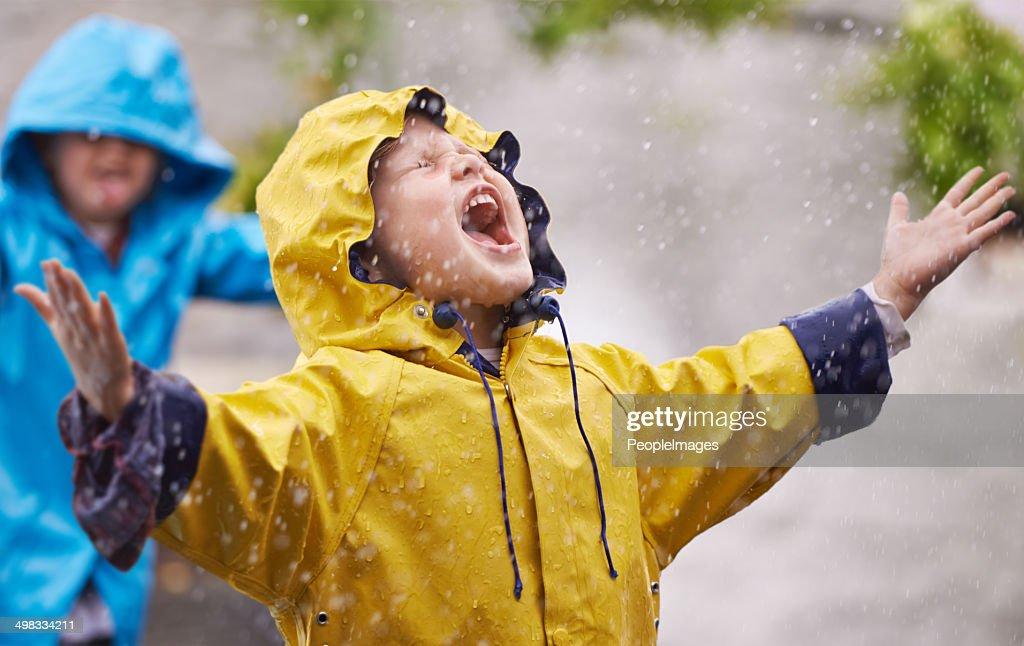 They love the rain : Stock Photo