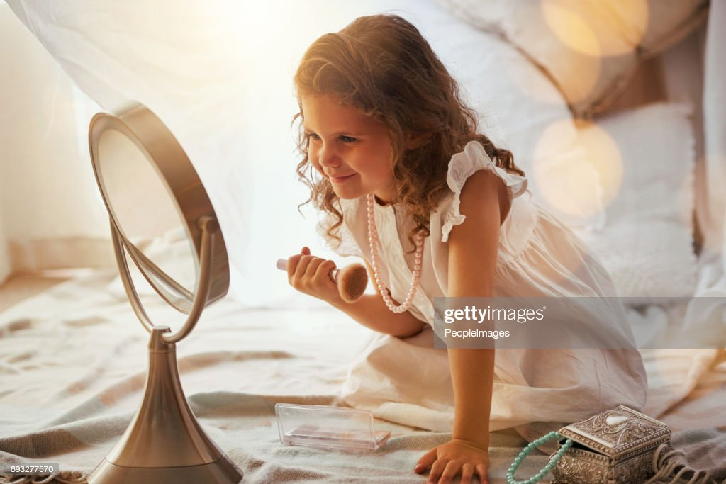 They start so young : Stock Photo