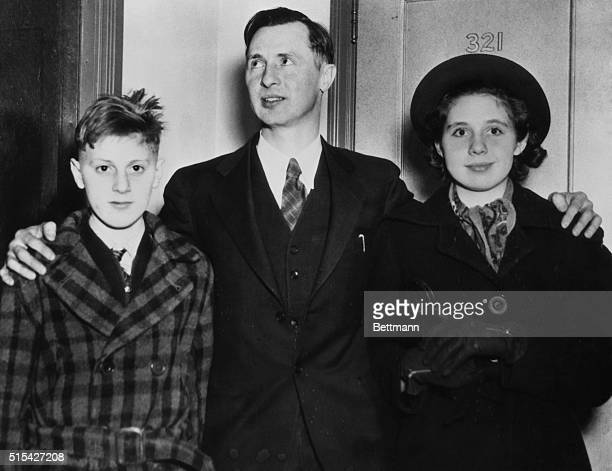 They Won't Salute 'Old Glory' Philadelphia Pa Pictured leaving the US District Court here are Walter Gobbitis Minnersville Pa Grocer and his children...