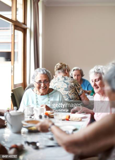 they'll be friends till the end - retirement community stock pictures, royalty-free photos & images