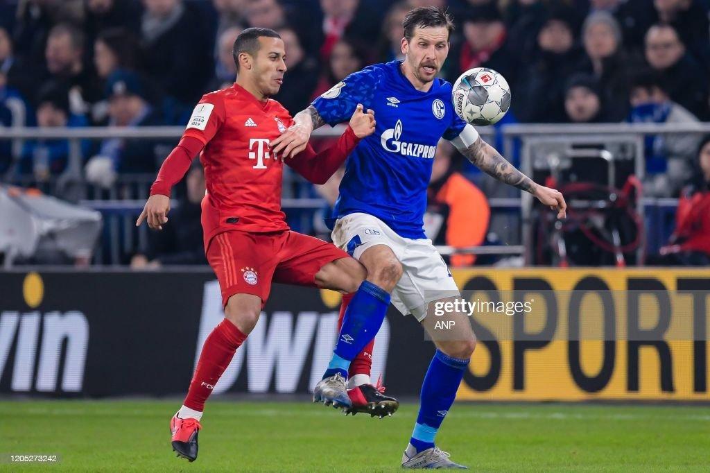 "German DFB Pokal""FC Schalke 04 v Bayern Munchen"" : News Photo"
