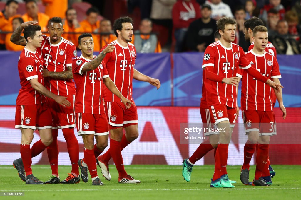 Sevilla FC v Bayern Muenchen - UEFA Champions League Quarter Final Leg One : News Photo