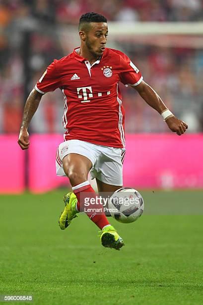 Thiago Alcantara of Bayern Muenchen in action during the Bundesliga match between Bayern Muenchen and Werder Bremen at Allianz Arena on August 26...