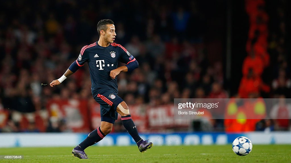 Arsenal FC v FC Bayern Munchen - UEFA Champions League : News Photo
