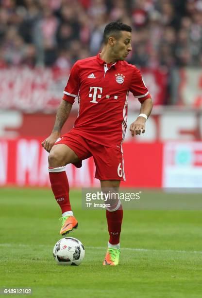 Thiago Alcantara of Bayern Munich controls the ball during the Bundesliga match between 1 FC Koeln and Bayern Muenchen at RheinEnergieStadion on...