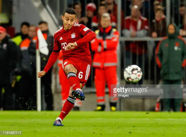 Thiago Alcantara of FC Bayern Muenchen controls the ball during the Bundesliga match between FC Bayern Muenchen and 1 FSV Mainz 05 at Allianz Arena...