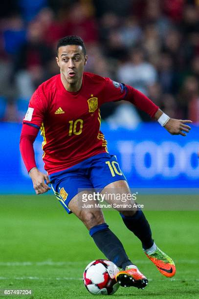 Thiago Alcantara of Spain controls the ball during the FIFA 2018 World Cup Qualifier between Spain and Israel at Estadio El Molinon on March 24 2017...