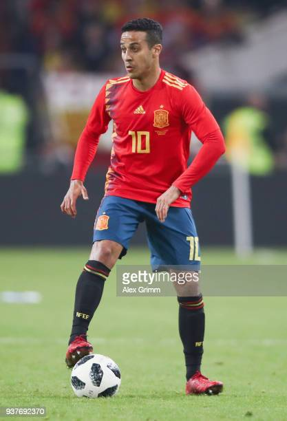 Thiago Alcantara of Spain controls the ball during the international friendly match between Germany and Spain at EspritArena on March 23 2018 in...