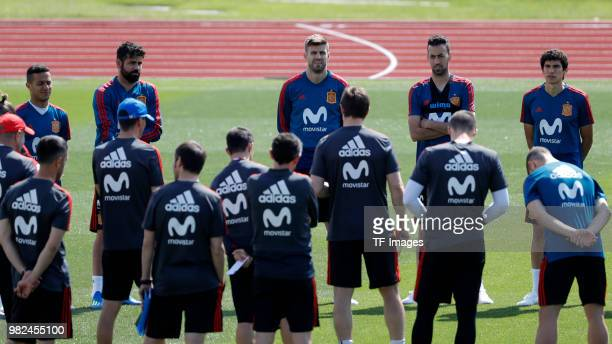 Thiago Alcantara of Spain Diego Costa of Spain Gerard Puque of Spain Sergio Busquets of Spain and Jesus Vallejo of Spain look on during a training...