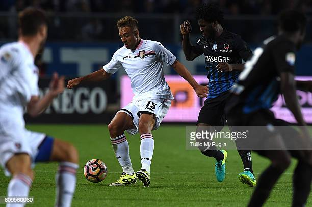 Thiago Cionek of Palermo and Franck Kessie of Atalanta compete for the ball during the Serie A match between Atalanta BC and US Citta di Palermo at...