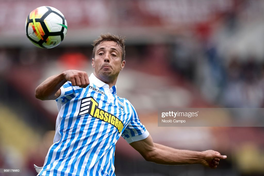 Thiago Cionek of Spal in action during the Serie A football... : News Photo