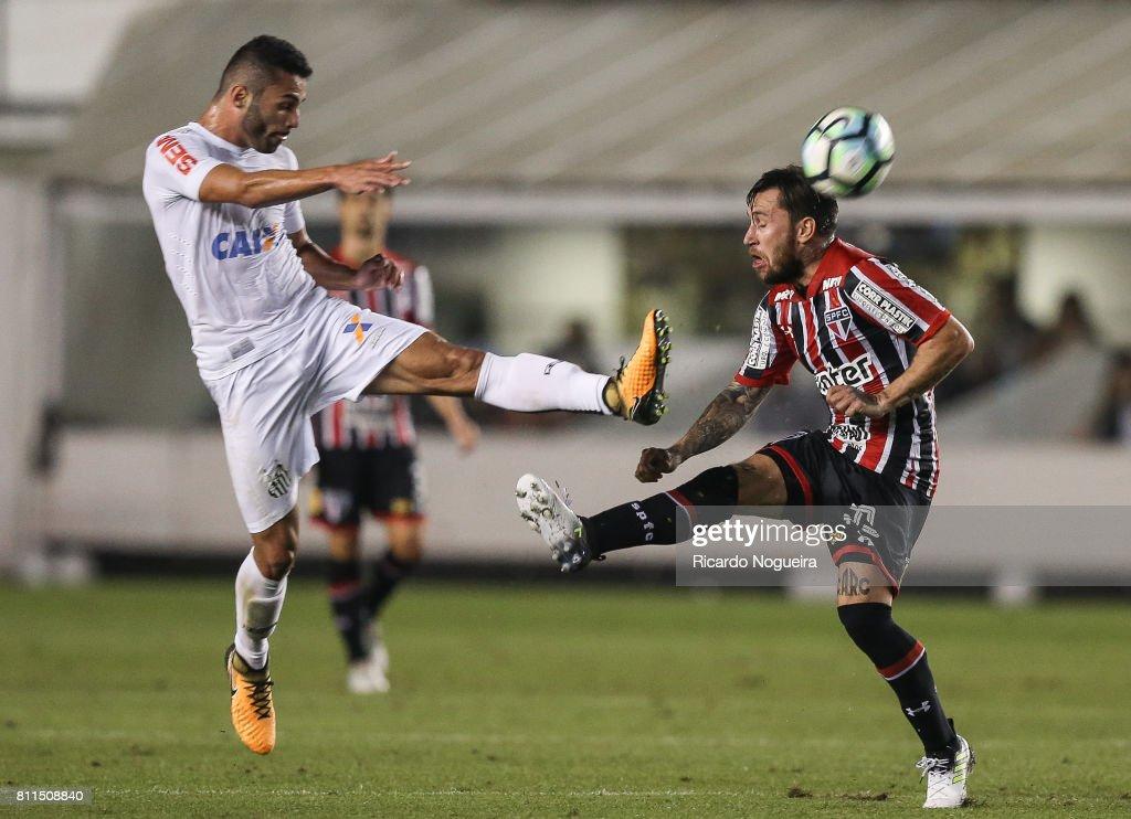 Santos v Sao Paulo - Brasileirao Series A 2017