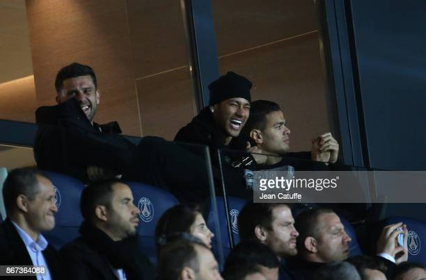 Thiago Motta, Neymar Jr, Hatem Ben Arfa of PSG attend the French Ligue 1 match between Paris Saint-Germain and OGC Nice at Parc des Princes stadium...