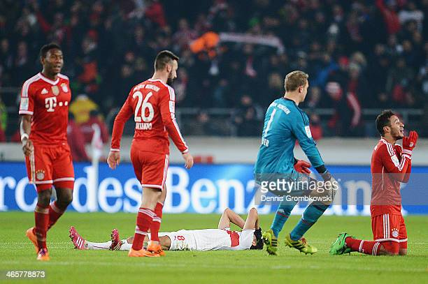 Thiago of FC Bayern Muenchen celebrates after the Bundesliga match between VfB Stuttgart and FC Bayern Muenchen at MercedesBenz Arena on January 29...