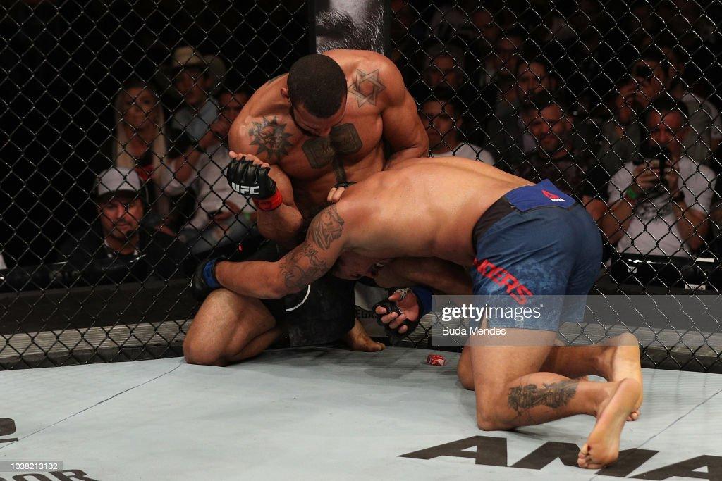 UFC Fight Night: Santos v Anders : News Photo