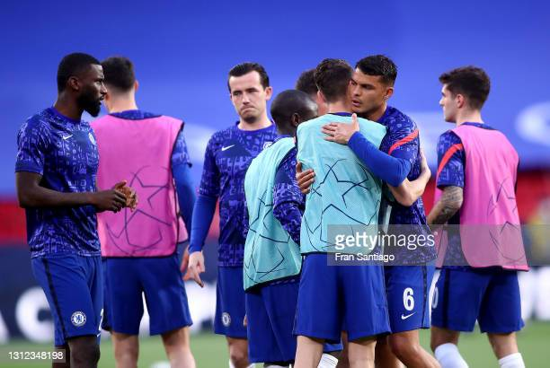 Thiago Silva of Chelsea and teammates interact as they warm up prior to the UEFA Champions League Quarter Final Second Leg match between Chelsea FC...