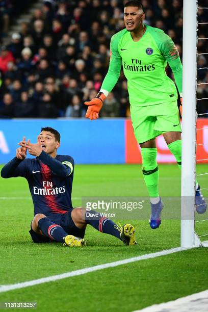 Thiago Silva of PSG and Alphonse Areola of PSG during the Ligue 1 match between Paris Saint Germain and Marseille at Parc des Princes on March 17...