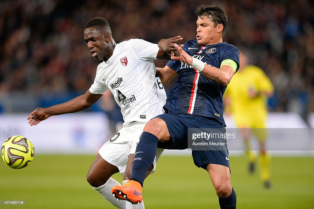 Paris Saint-Germain FC v FC Metz - Ligue 1