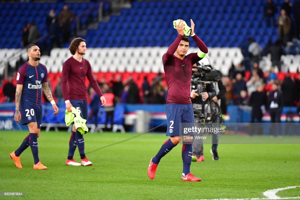 Thiago Silva of PSG salutes the crowd following the Ligue 1 match between Paris Saint Germain (PSG) and Angers SCO on March 14, 2018 in Paris, France.
