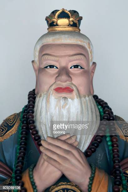 Thian Hock Keng Temple Confucius Chinese teacher editor politician and philosopher Singapore