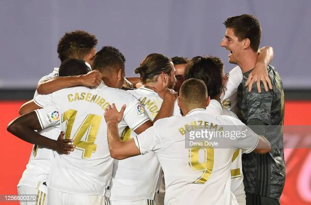 Thibaut Courtois of Real Madrid celebrates with teammatesafter Real scored their 3rd goal which was later disallowed by VAR during the Liga match...