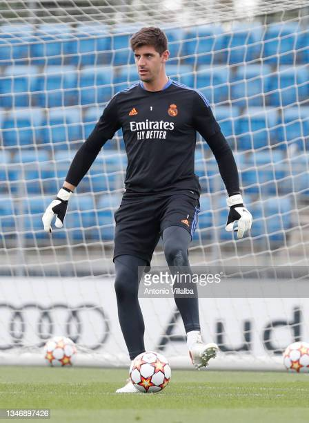 Thibaut Courtois of Real Madrid is training at Valdebebas training ground on October 16, 2021 in Madrid, Spain.