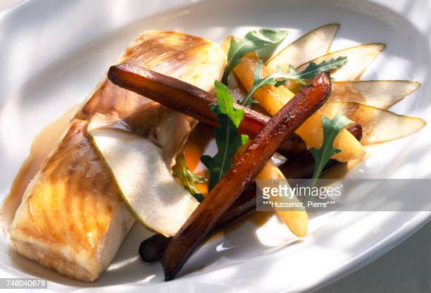 Thick piece of salmon with pears and salsifies
